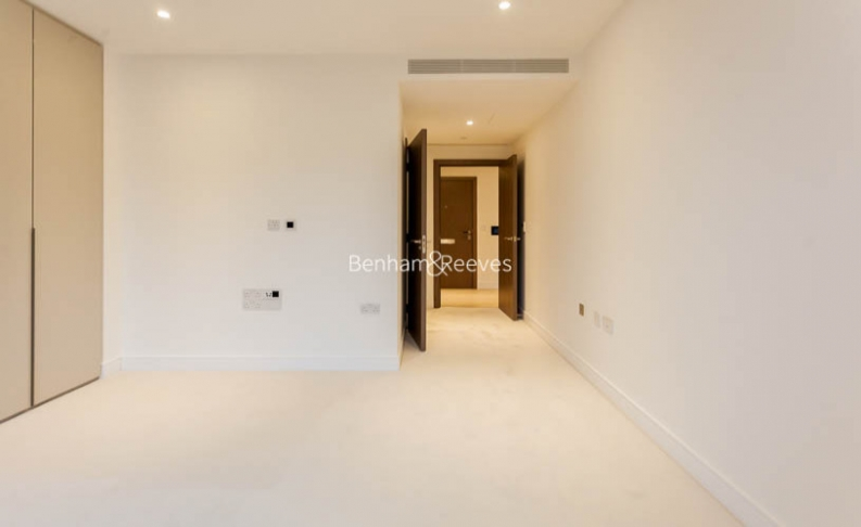 2 bedroom(s) flat to rent in Hamilton House, Fulham Reach, W6-image 10