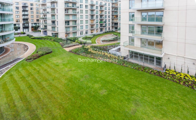 2 bedroom(s) flat to rent in Hamilton House, Fulham Reach, W6-image 19