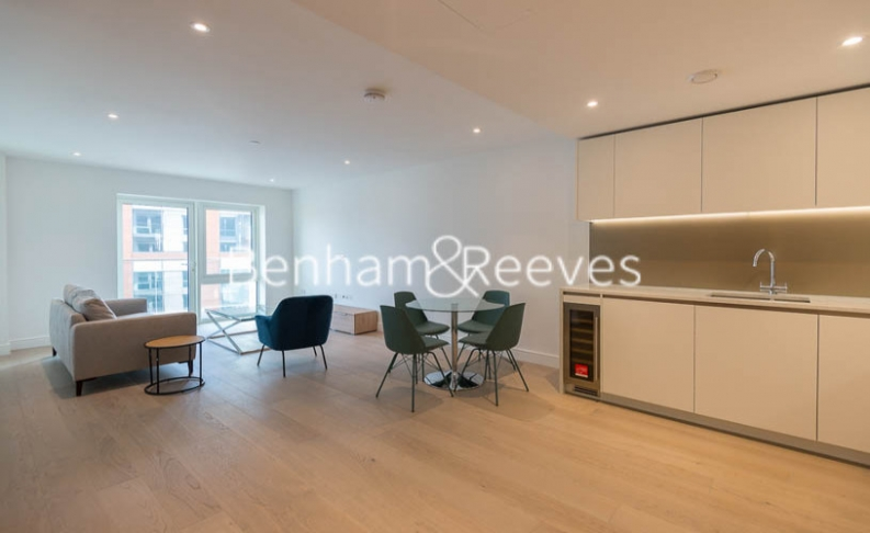 2 bedroom(s) flat to rent in Fulham Reach, Hammersmith,W6-image 8