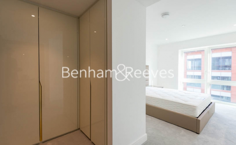 2 bedroom(s) flat to rent in Fulham Reach, Hammersmith,W6-image 11