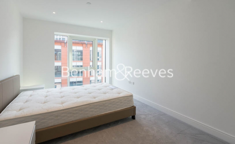 2 bedroom(s) flat to rent in Fulham Reach, Hammersmith,W6-image 12