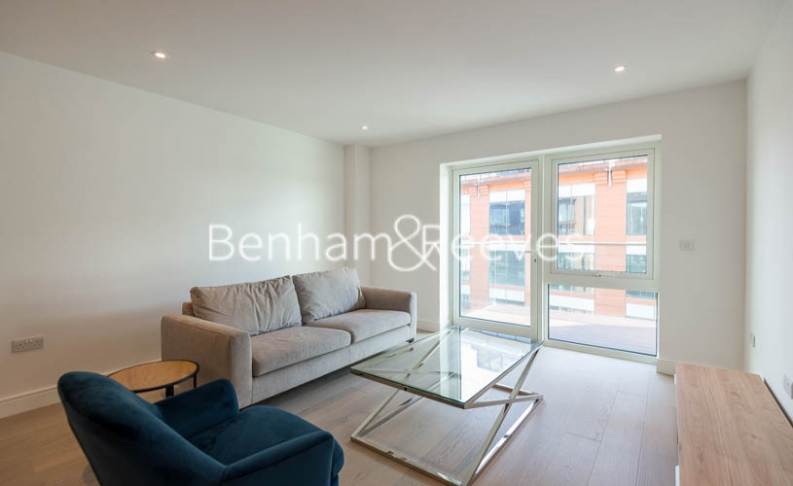2 bedroom(s) flat to rent in Fulham Reach, Hammersmith,W6-image 13