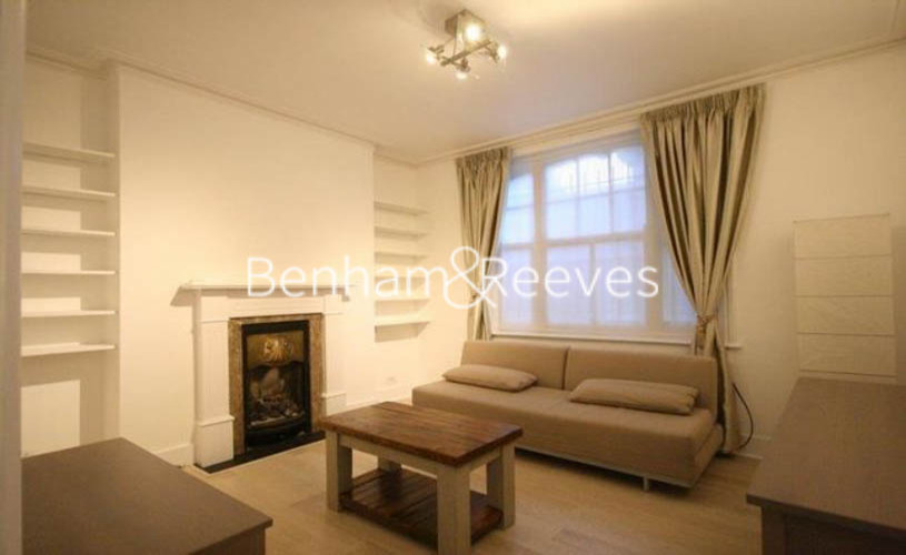1 bedroom(s) flat to rent in Kingsley Mansions, Greyhound Road, W14-image 1