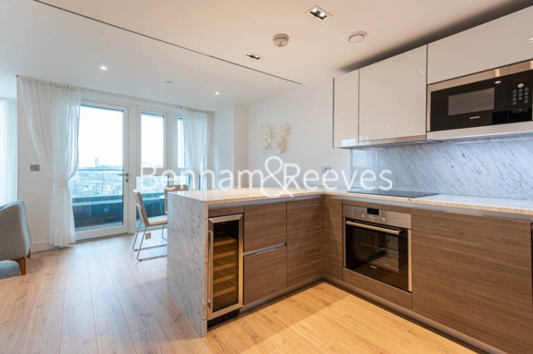 1 bedroom(s) flat to rent in Lancaster House, Hammersmith, W6-image 2