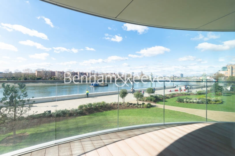 3 bedroom(s) flat to rent in Parr's Way, Hammersmith, W6-image 14