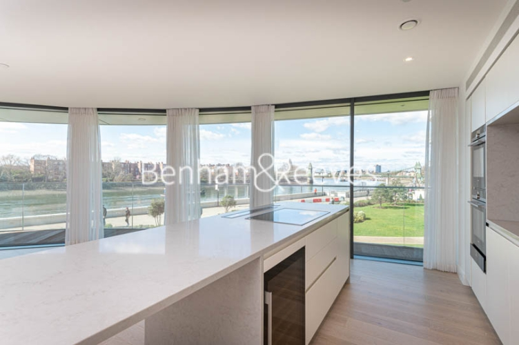 3 bedroom(s) flat to rent in Parr's Way, Hammersmith, W6-image 17