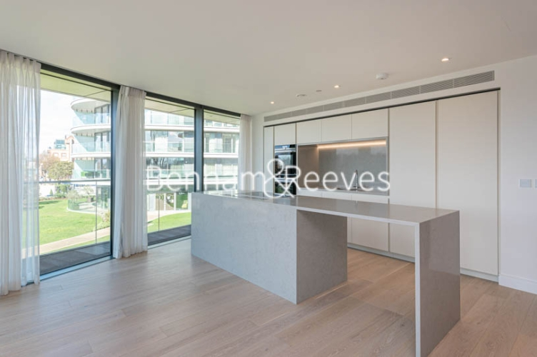 3 bedroom(s) flat to rent in Parr's Way, Hammersmith, W6-image 19