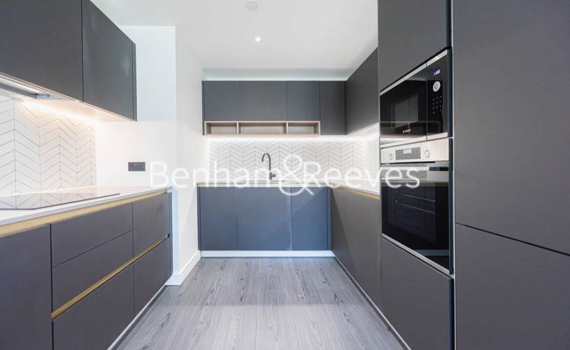 2 bedroom(s) flat to rent in Glenthorne Road, Hammersmith , W6-image 2