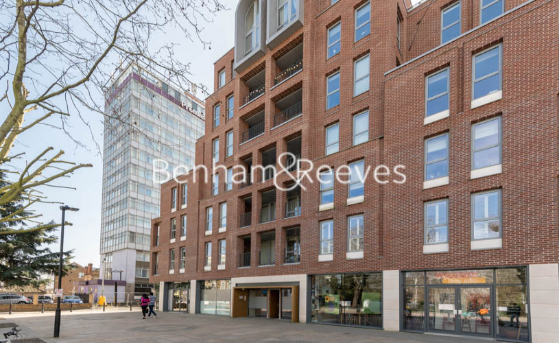 Studio flat to rent in King Street, Hammersmith , W6-image 6