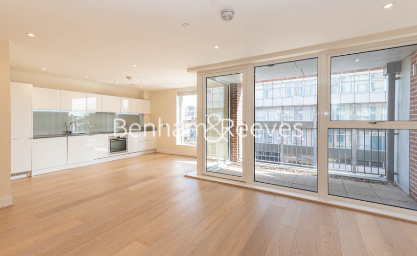 Studio flat to rent in King Street, Hammersmith , W6-image 7