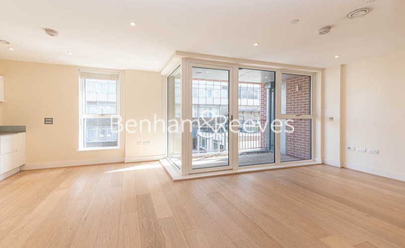 Studio flat to rent in King Street, Hammersmith , W6-image 10