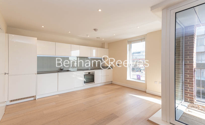 Studio flat to rent in King Street, Hammersmith , W6-image 16