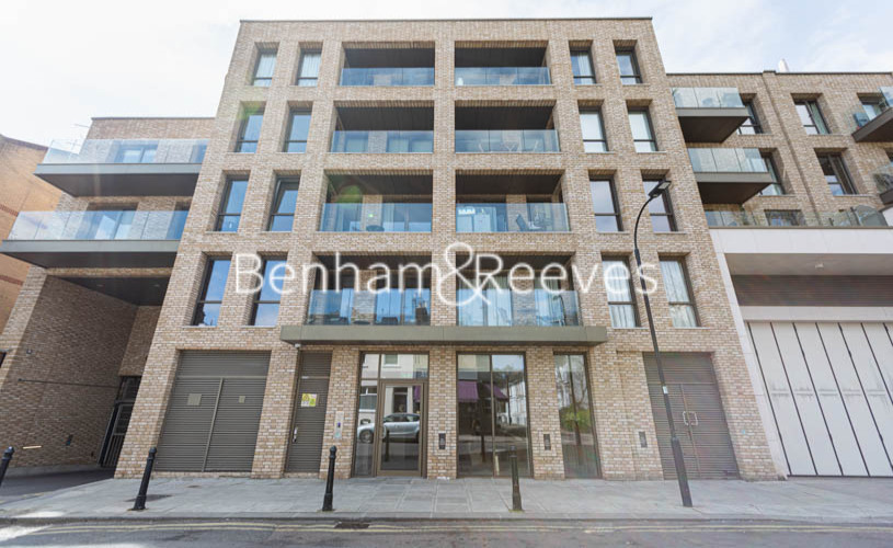 1 bedroom(s) flat to rent in Queens Wharf, Hammermsith, W6-image 7