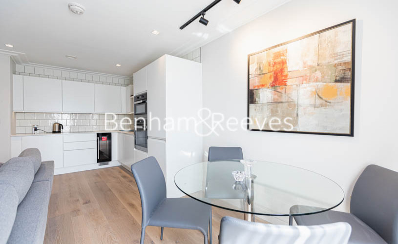 1 bedroom(s) flat to rent in Queens Wharf, Hammermsith, W6-image 9