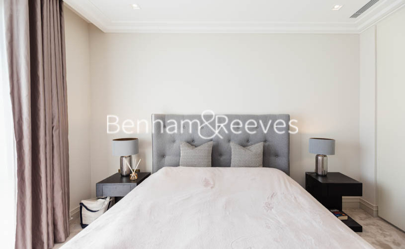 1 bedroom(s) flat to rent in Queens Wharf, Hammermsith, W6-image 11