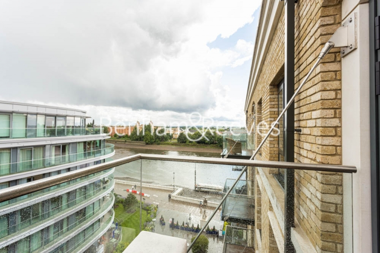 2 bedroom(s) flat to rent in Distillery Wharf, Hammersmith, W6-image 12