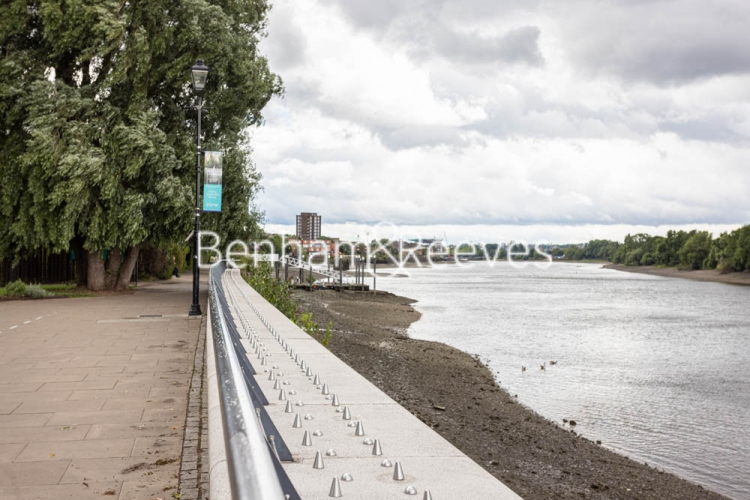 2 bedroom(s) flat to rent in Distillery Wharf, Hammersmith, W6-image 18