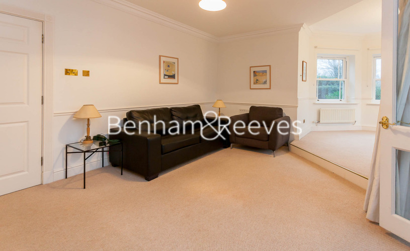 2 bedroom(s) flat to rent in Trinity Church Road, Barnes, SW13-image 1