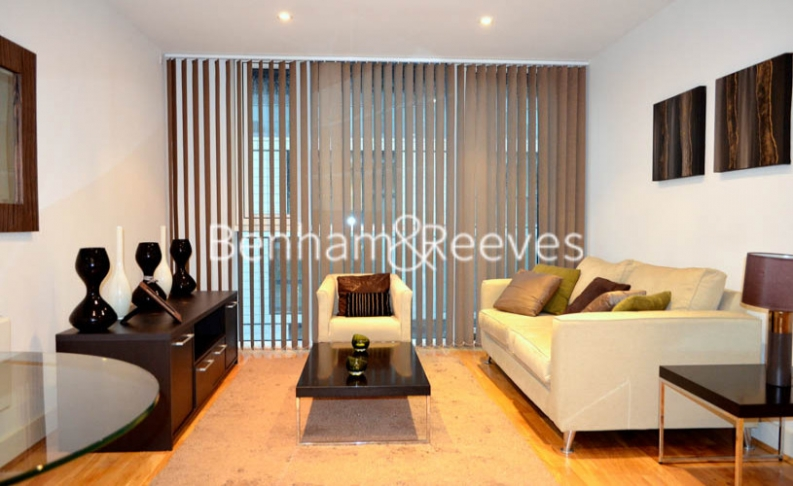 1 bedroom(s) flat to rent in Times Square, City Quarter, E1-image 1