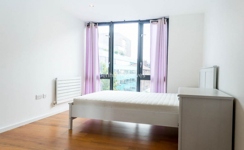 3 bedroom(s) flat to rent in Nile Street, Hoxton, N1-image 3