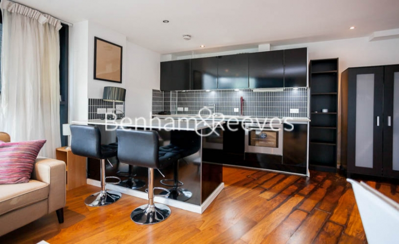 1 bedroom(s) flat to rent in Pegaso Building, Nile Street, Hoxton, N1-image 2