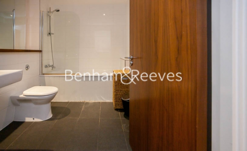 1 bedroom(s) flat to rent in Pegaso Building, Nile Street, Hoxton, N1-image 4
