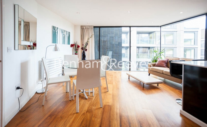 1 bedroom(s) flat to rent in Pegaso Building, Nile Street, Hoxton, N1-image 6