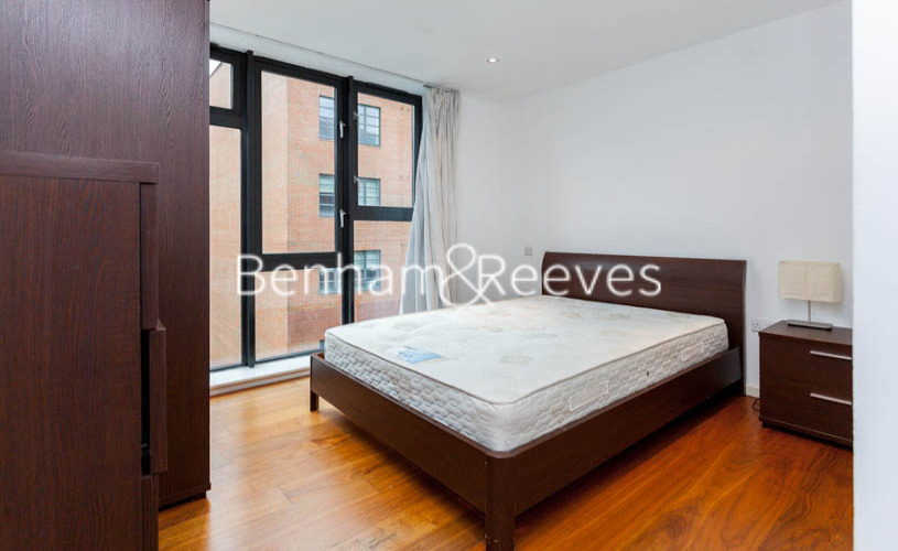 3 bedroom(s) flat to rent in Westland Place, Hoxton, N1-image 3