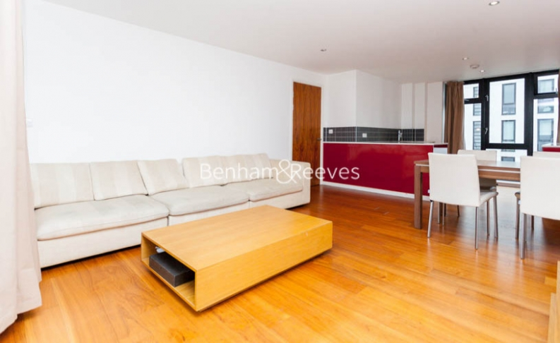 3 bedroom(s) flat to rent in Westland Place, Old Street, N1-image 1