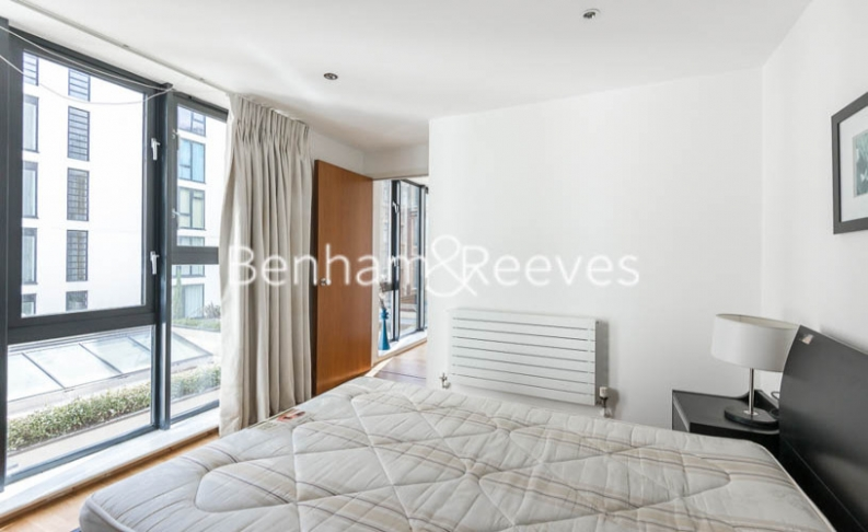 2 bedroom(s) flat to rent in Pegaso Building, Westland Place, N1-image 7