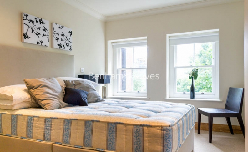 3 bedroom(s) flat to rent in School Mews, Cable Street, E1-image 11