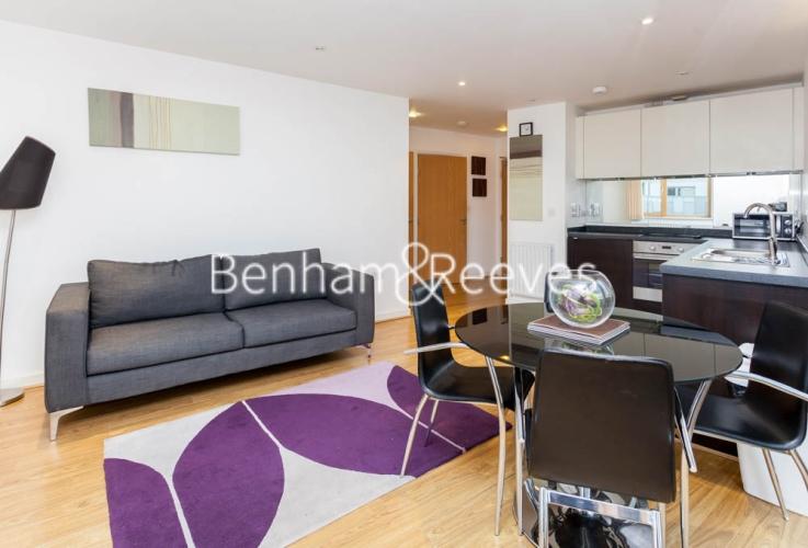 1 bedroom(s) flat to rent in Arboretum Place, Barking, IG11-image 1
