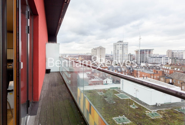 1 bedroom(s) flat to rent in Arboretum Place, Barking, IG11-image 5