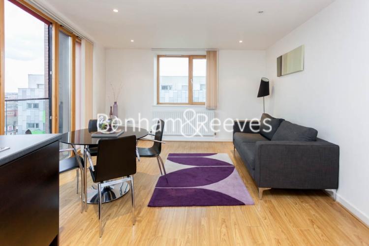1 bedroom(s) flat to rent in Arboretum Place, Barking, IG11-image 6