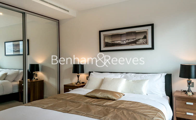 1 bedroom(s) flat to rent in Altitude Point, Aldgate East, E1-image 3