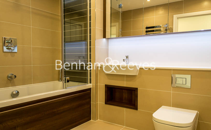 1 bedroom(s) flat to rent in Altitude Point, Aldgate East, E1-image 5