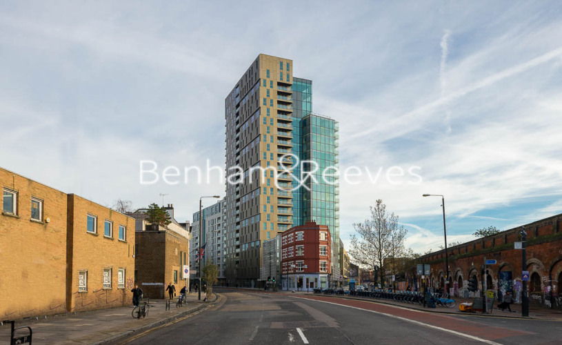 1 bedroom(s) flat to rent in Courtyard Apartments, Avantgarde, E1-image 8