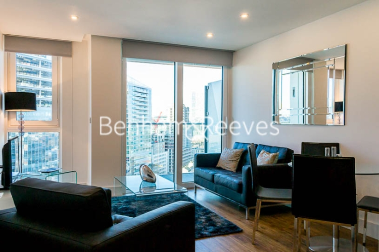1 bedroom(s) flat to rent in Altitude Point, Aldgate East, E1-image 1