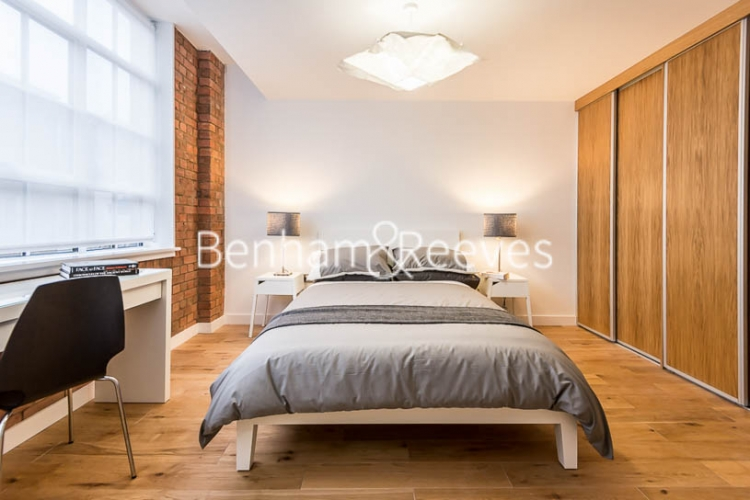 2 bedroom(s) flat to rent in Princelet Street, Spitalfields, E1-image 4