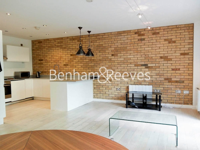 1 bedroom(s) flat to rent in Plumbers Row, Aldgate East, E1-image 2