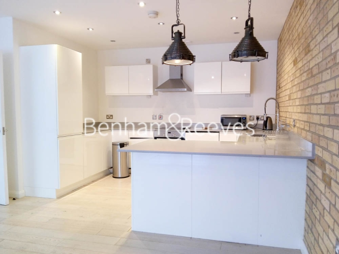 1 bedroom(s) flat to rent in Plumbers Row, Aldgate East, E1-image 3
