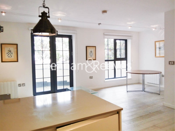 1 bedroom(s) flat to rent in Plumbers Row, Aldgate East, E1-image 8