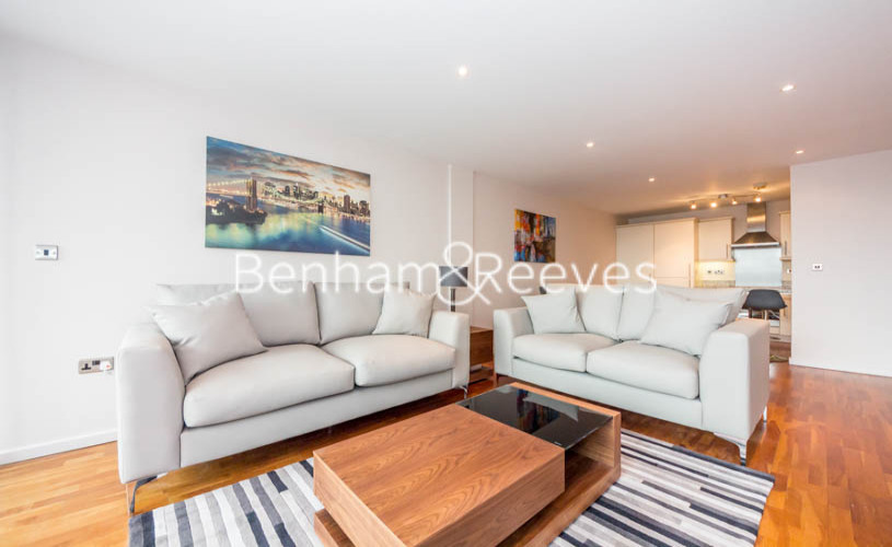 2 bedroom(s) flat to rent in Millennium Court, Waterloo, SE1-image 1