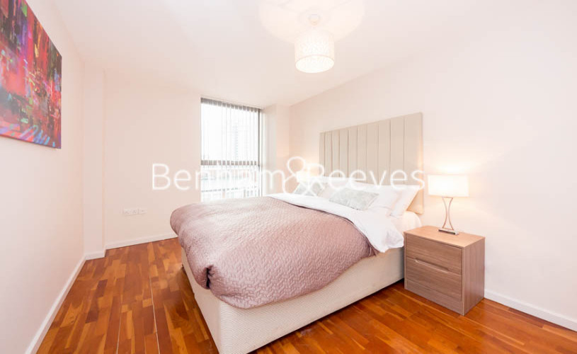 2 bedroom(s) flat to rent in Millennium Court, Waterloo, SE1-image 8