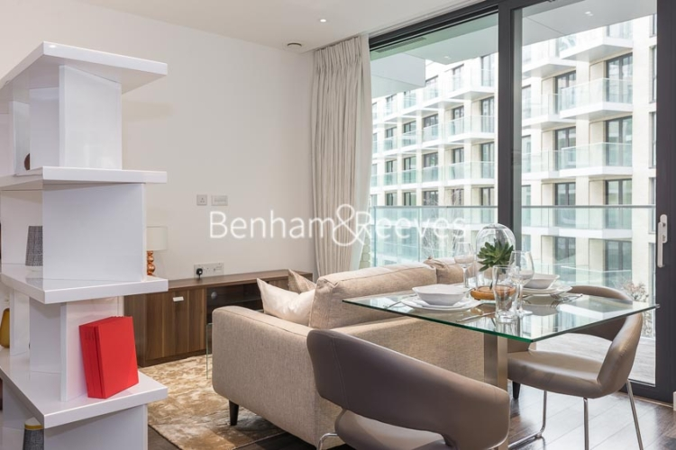 Studio flat to rent in Canter Way, Tower Hill, E1-image 1