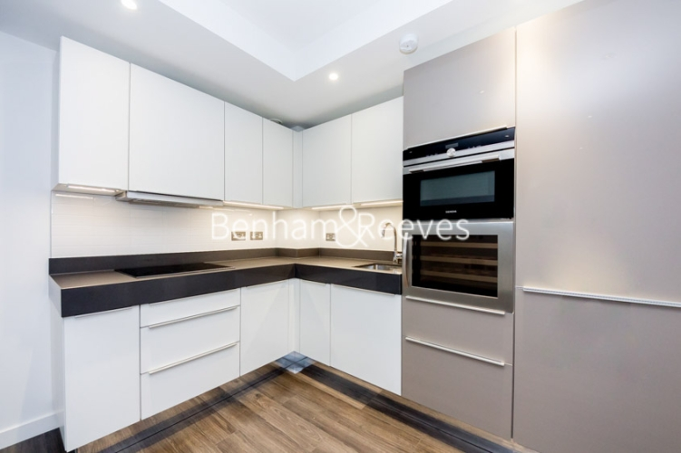 Studio flat to rent in Canter Way, Tower Hill, E1-image 2