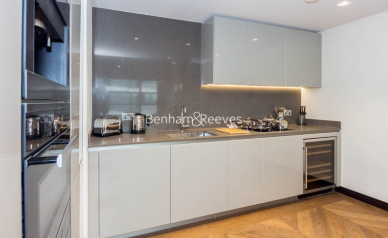 2 bedroom(s) flat to rent in Balmoral House, One Tower Bridge, SE1-image 2