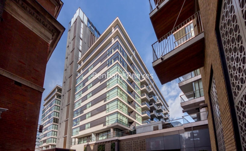 2 bedroom(s) flat to rent in Balmoral House, One Tower Bridge, SE1-image 9
