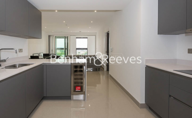 2 bedroom(s) flat to rent in Blackfriars Road, St Georges Circus, SE1-image 2