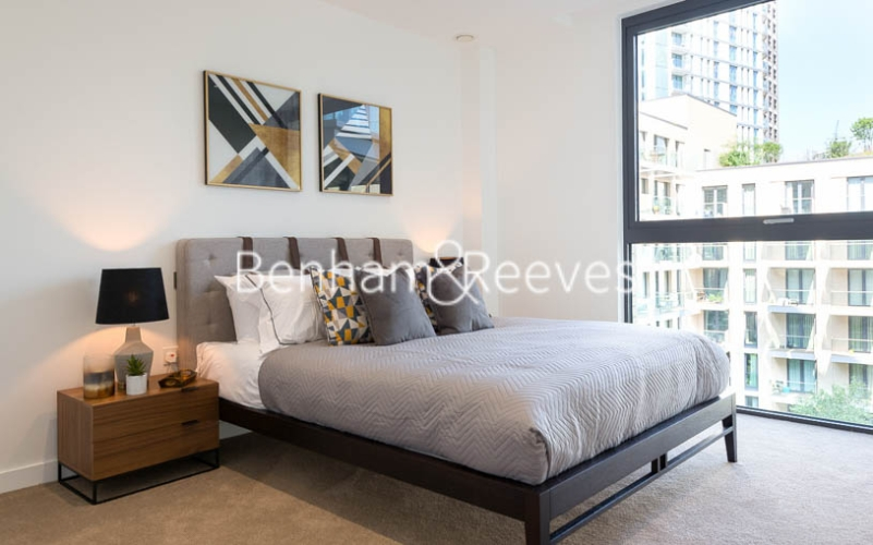 1 bedroom(s) flat to rent in Chaucer Garden, Aldgate East, E1-image 4